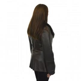 Eksklusiv glazed rulamsjakke med krave i chinchilla. Lækker stil med denne rulamsjakke