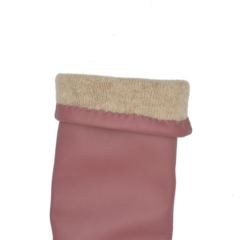 Gammel rosa dame handske med strik for - Randers Handsker